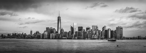 manhattan-skyline-black-and-white-david-morefield